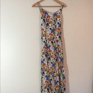 Minkpink Floral Maxi w/ slits & tie back {Size XS}